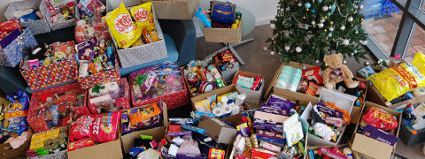 Premierline donates to local Foodbank this Christmas